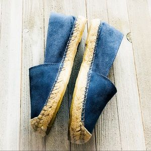 Shoes - $10🆑Fabiolaso Blue Leather Espadrilles